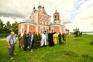 у храма 40-ка мучеников Севастийских, г.Переславль-Залесский